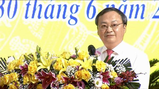 Ông Đỗ Tiến Sỹ, Ủy viên BCH TW Đảng, phụ trách Đảng bộ tỉnh Hưng Yên, Tổng Giám đốc Đài Tiếng nói Việt Nam phát biểu chỉ đạo Kỳ họp